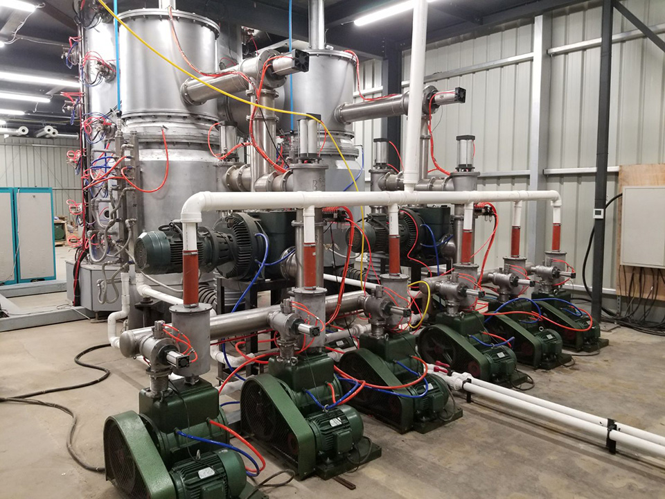 What are vacuum pumps and vacuum chambers and how do they create low pressure ?